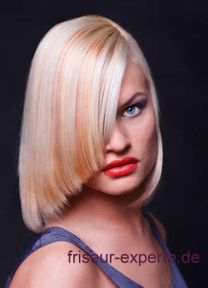 Friseur Bewerten Damen Frisur Asymetrisches Schulterlanges Haar