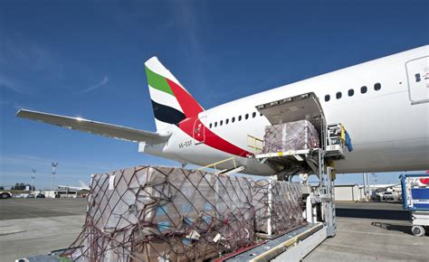 mideast of global cargo market falls for time since 1999 business air freight