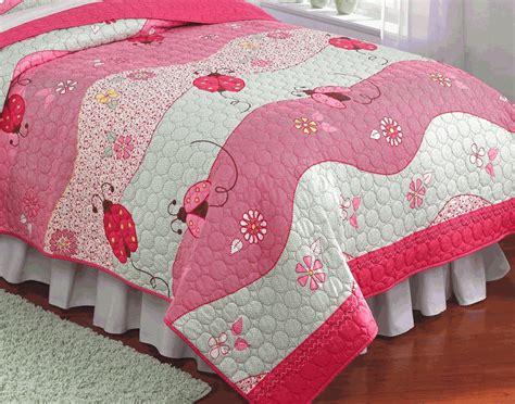 Ladybug Quilt Patterns by Ladybug Pink Garden Waves Quilt Set