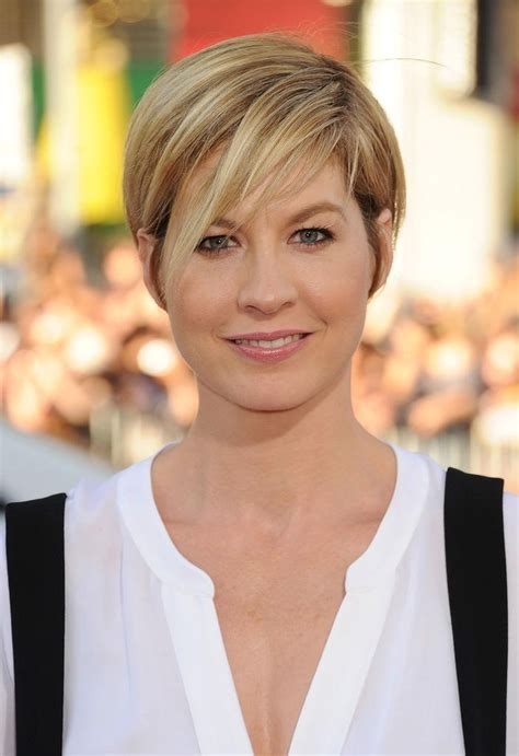spanish short hair cut for older women photo gallery of short bob hairstyles for old women