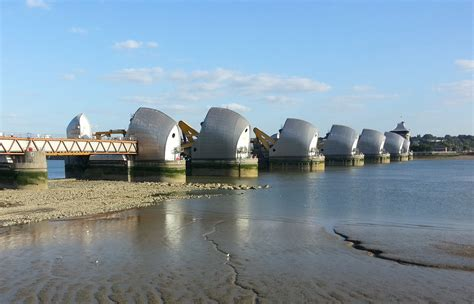 thames barrier environmental impact annual test closure of thames barrier by environment agency