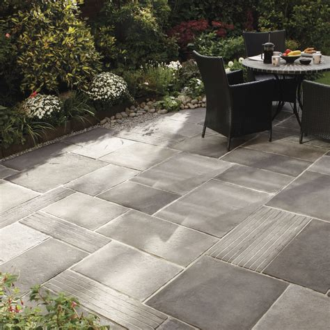 Paving Designs For Patios Engineered Paving Tile For Outdoor Floors Cloisters Bradstone Decorating
