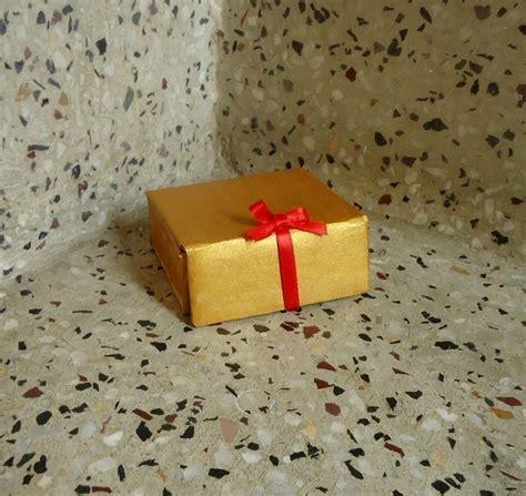 vintage cardboard box     box art