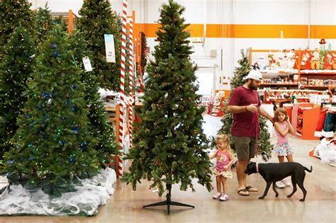 home depot christmas decorations home depot xmas decorations christmas tree decorating