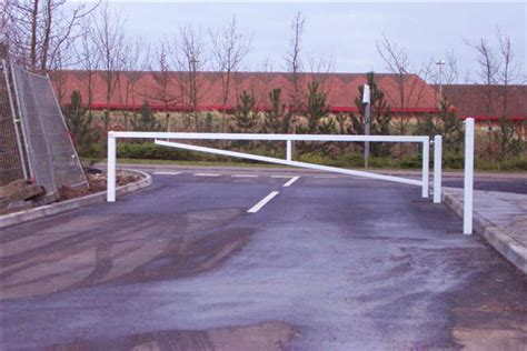 manual swing gate abw barriers and gates swing arm gates abw barriers and