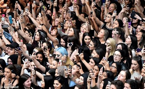 cooking for a crowd a big crowd women living well kendall and kylie jenner appearance causes fan to faint