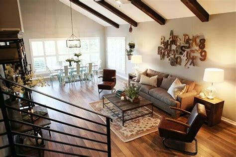 magnolia gaines the magnolia mom joanna gaines living rooms pinterest