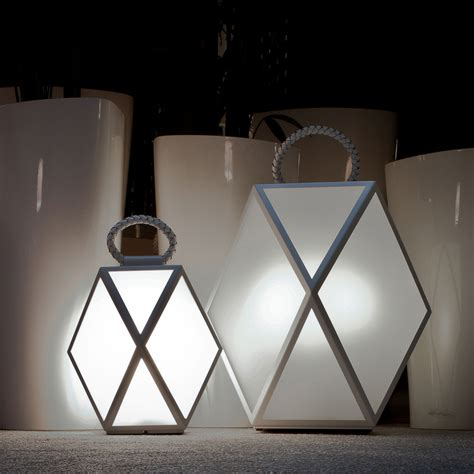 contardi muse battery outdoor table lamp