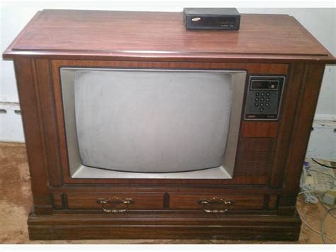 free vintage rca xl 100 25 quot tv in wood cabinet central