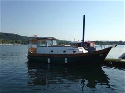 pilotina cabinata usata pilotina in toscana barche a motore usate 54537 inautia