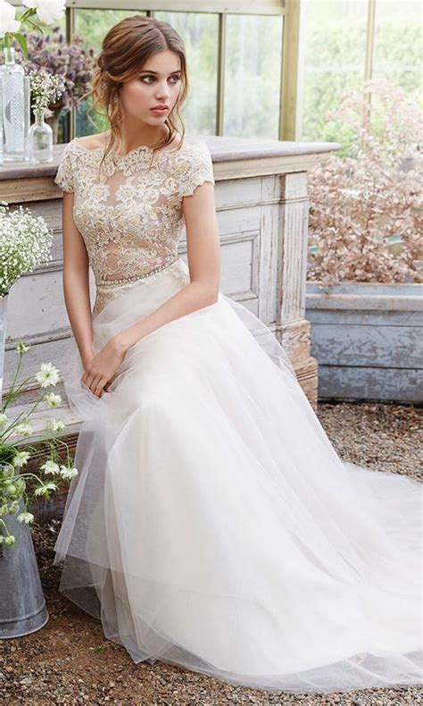 Wedding Dresses With Cap Sleeves by 30 Beautiful Wedding Dresses With Cap Sleeves Weddingomania
