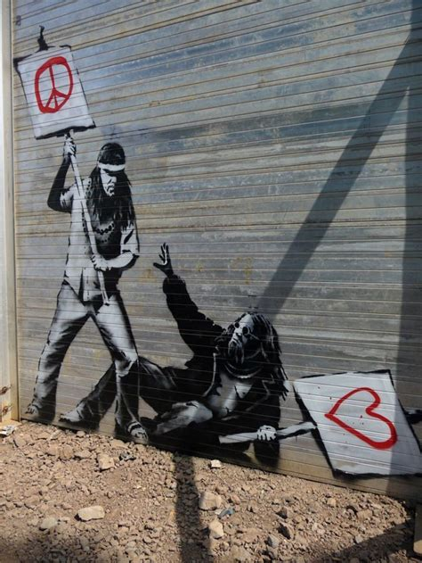 banksy  el graffiti el aerosol como medio de protesta