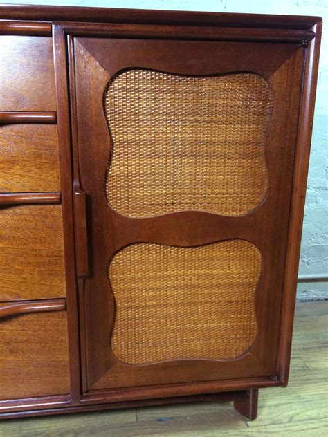 Hickory Manufacturing Company Dresser mid century mahogany credenza by hickory manufacturing