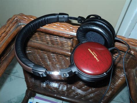 Ath Esw9 Sovereign Wood Headphones by Audio Technica Ath Esw9 Review