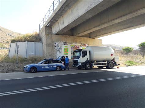 ministero dell interno polizia stradale trasporto merci pericolose operazione alto impatto della