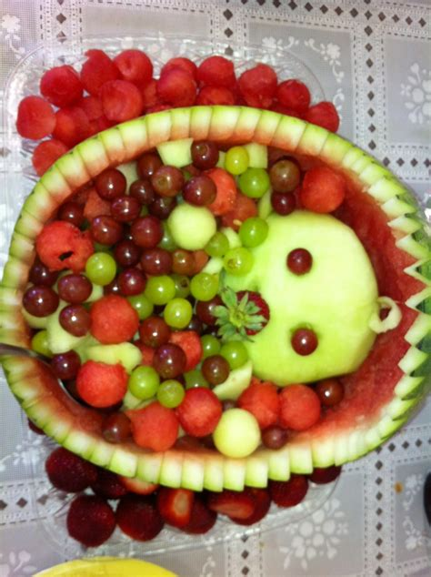 Dishes For Baby Shower by Baby Fruit Basket Babyshower Mommaisims Delish