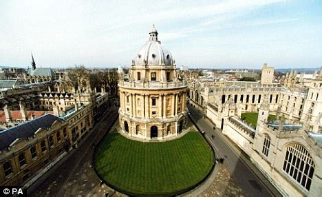 Oxford Uk Mba Fees by Scotland To Raise Tuition Fees For Undergraduates