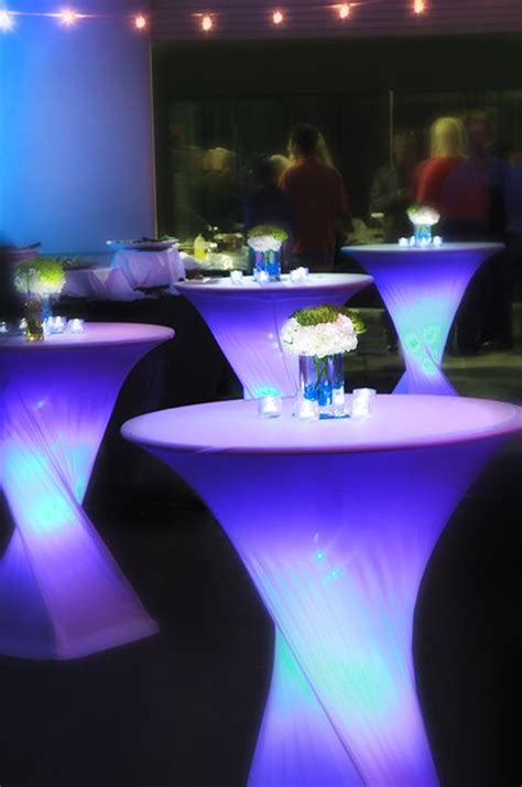 Tech Decor by 25 Best Ideas About Cocktail Table Decor On