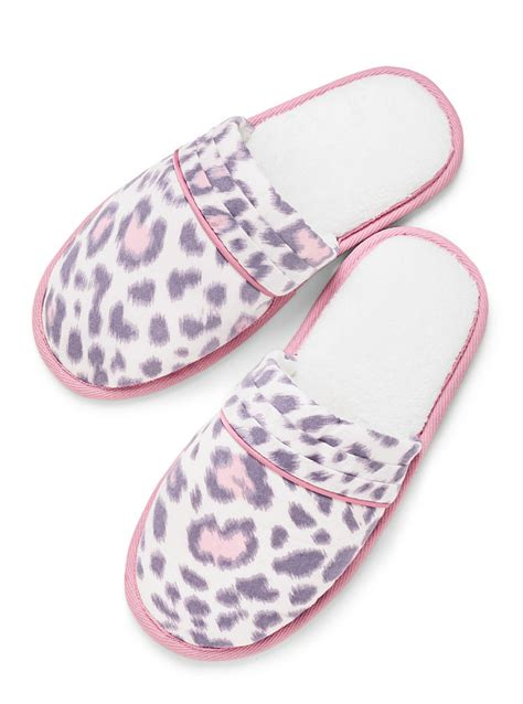 victoria secret house shoes victoria s secret dreamer flannel slipper in pink pink leopard lyst