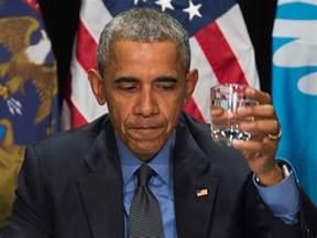 President Obama Obama Drinks Flint S Filtered Water During Visit To Shine