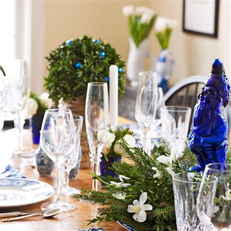simple holiday decorating tips traditional home