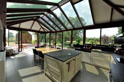 une veranda construire une v 233 randa pour agrandir sa maison travaux