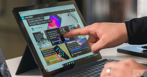 grab  surface pro  keyboard   included