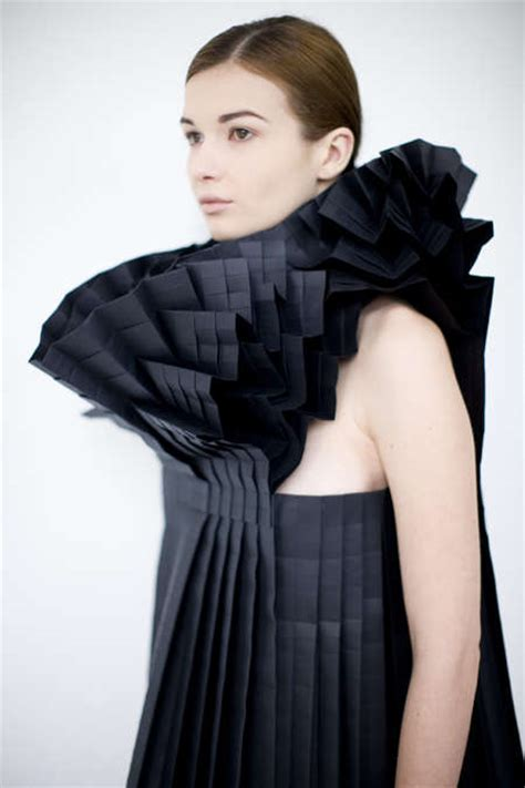 Origami Inspired Fashion - 50 origami inspired fashion styles