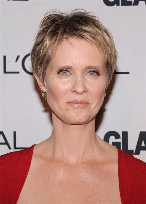 pixie style haircuts for women over 50 cynthia nixon layered short pixie cut short hairstyles