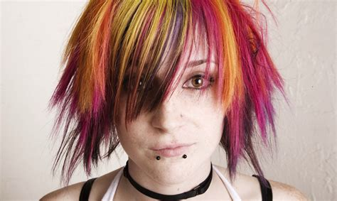 emo haircuts cause lazy eye aussie doctor says your emo haircut will give you a lazy