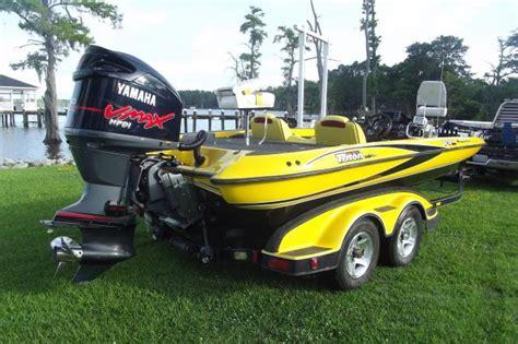 jet ski hits bass boat boat name and logo the hull truth boating and fishing