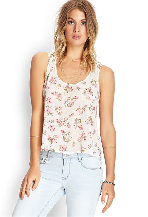 Tangtop Wanita Forever 21 forever 21 crocheted floral tank top in pink pink lyst