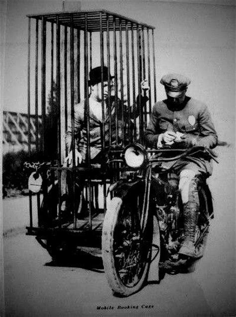 Mobile cell (1921) Harley motorcycle | Alte harley
