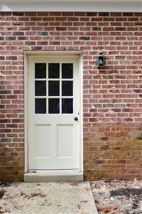 Chion Windows And Doors by Back Exterior Doors Best 25 Back Doors Ideas On Grey