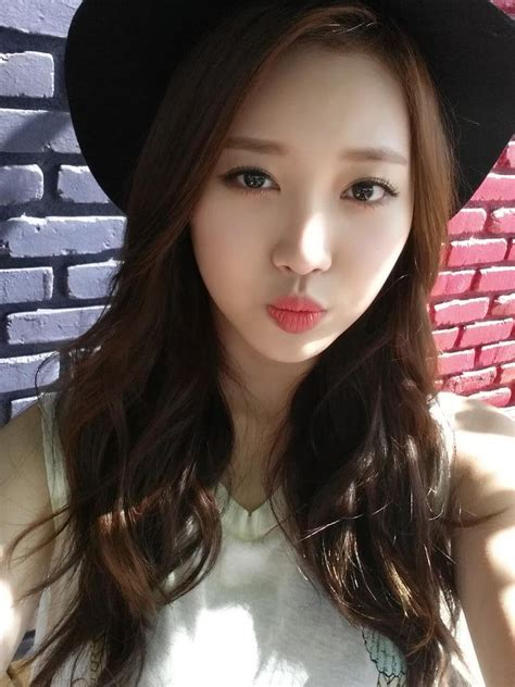 girl s pics trans 140714 girl s day yura twitter update girl