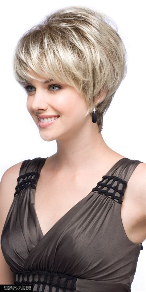 good short haircuts for 67 year old women with staight hair 67 years old short hair or long hair tea leoni haircut
