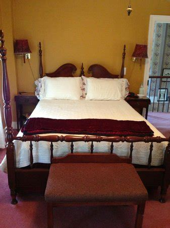 madison bed and breakfast madison bed book candle bed and breakfast 7270
