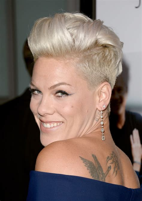 pinks hairstyles 2013 how to do pinks hairstyle 2013 celebrity short haircuts