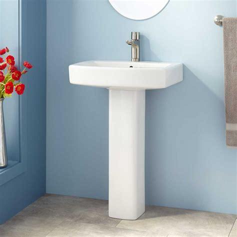 farnham porcelain mini pedestal sink best 25 pedestal sink ideas on pedestal sink