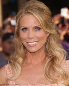 Cheryl Hines leaves new boyfriend Robert Kennedy Jr at