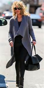 heigl takes a break to take some puffs from her electronic cigarette katherine heigl has a hair raising moment when gust of