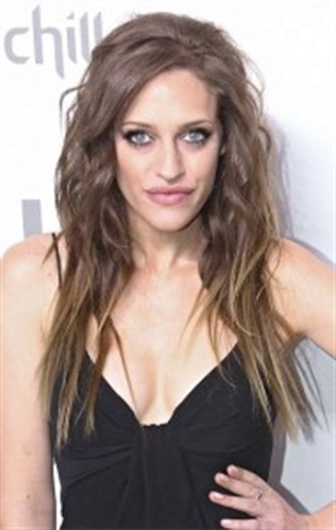 carly chaikin hairstyles and fashion trends