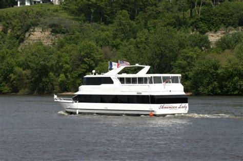 mississippi river boat dinner cruises iowa rollin on the river iowa boat cruises