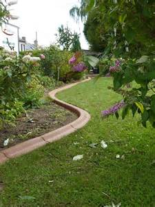 bordures de jardin en beton bordure jardin beton sur