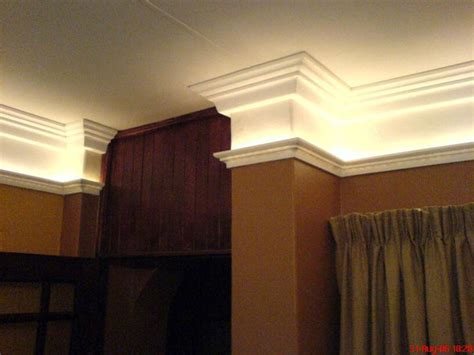 ceiling light crown molding 1000 ideas about crown moldings on diy repair