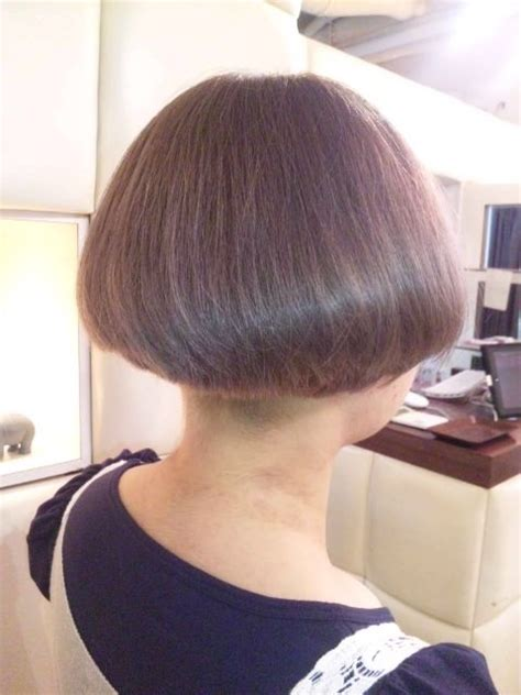 inverted bob short cut at the nape pictures 559 best images about bobs buzzed back on pinterest bobs