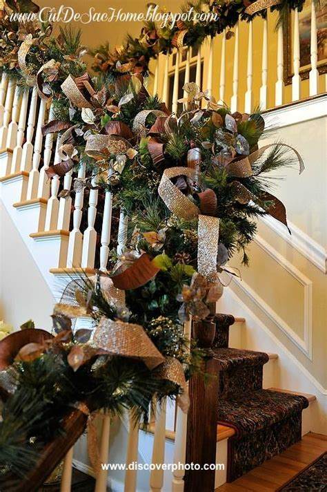 Garland For Stair Banister by 1000 Ideas About Staircase On