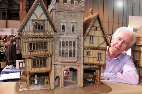 amazing dolls houses miniatura 2015 27 amazing dolls houses on display at nec show birmingham mail
