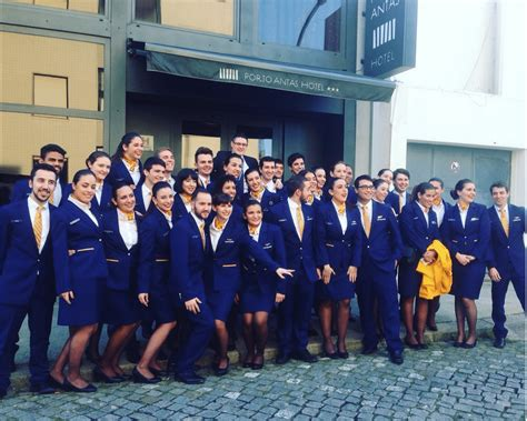 ryanair cabin crew discover your new cabin crew with ryanair crewlink