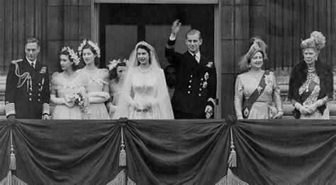 Queen Elizabeth, Prince Philip Celebrate 68th Wedding